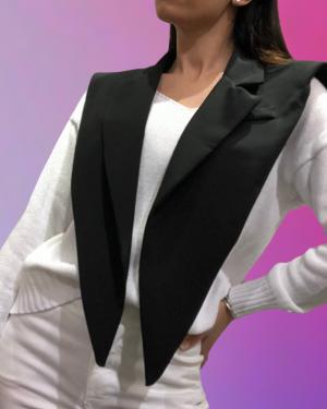 effetto collo blazer nero